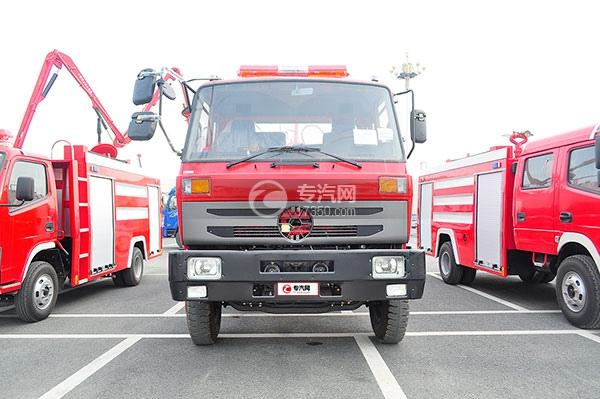 东风145消防车带水罐方位图2