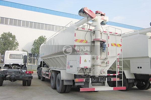 东风天龙20吨散装饲料运输车方位图2
