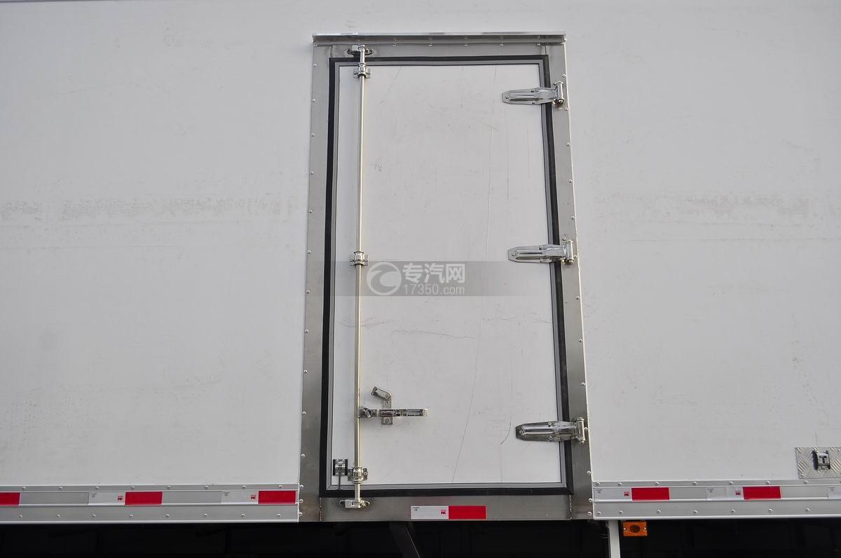 庆铃五十铃FVZ后双桥冷藏车厢体侧开门