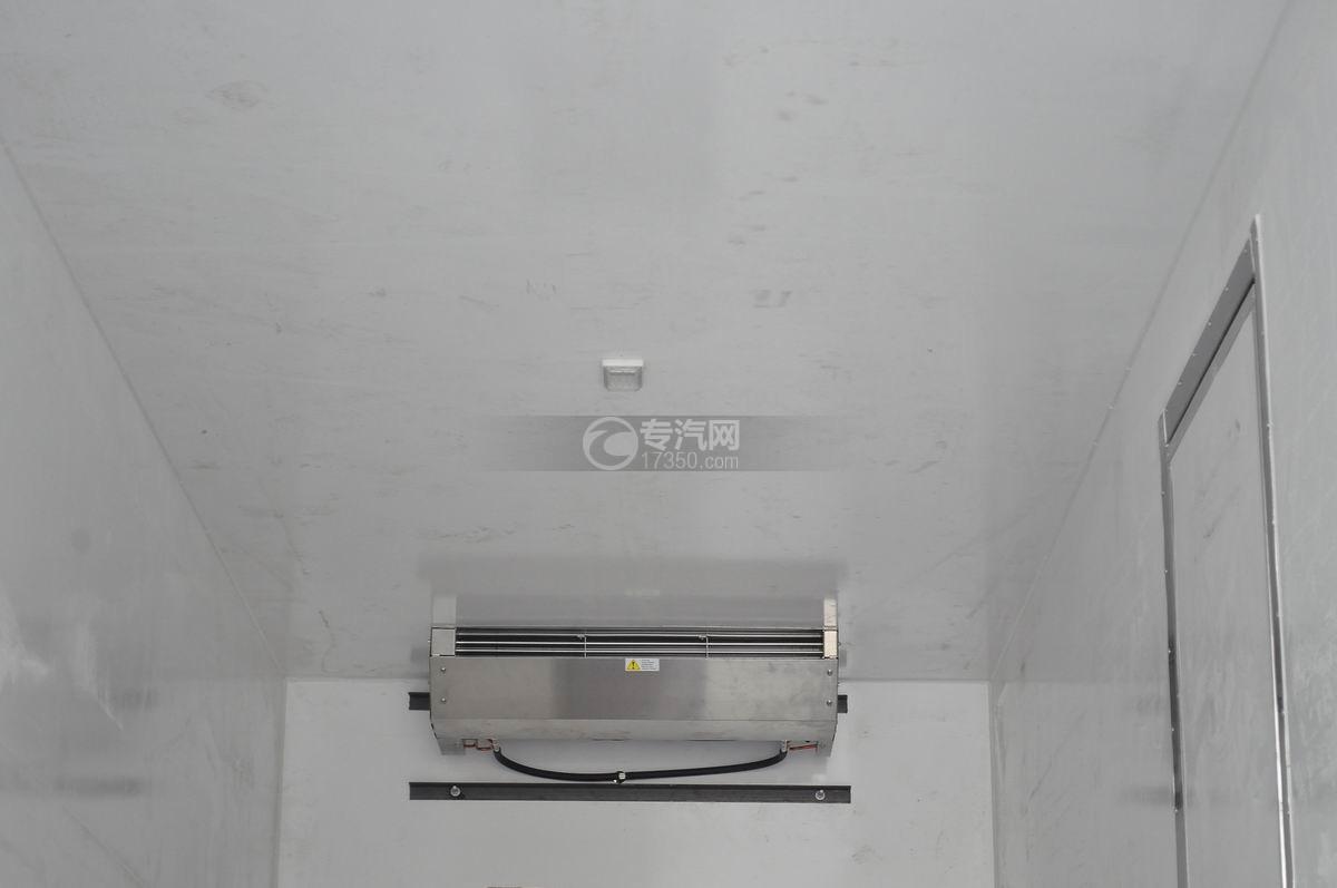 庆铃五十铃FVZ后双桥冷藏车厢体顶部冷藏机组