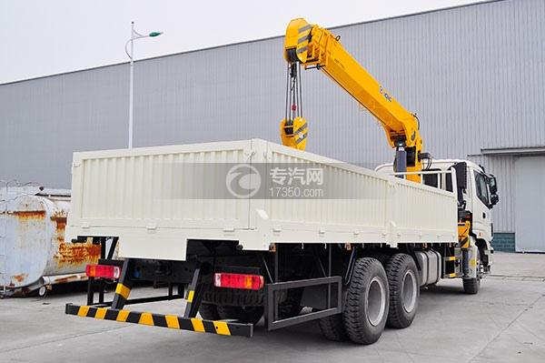 福田欧曼ETX后双桥国五10吨随车吊方位图4