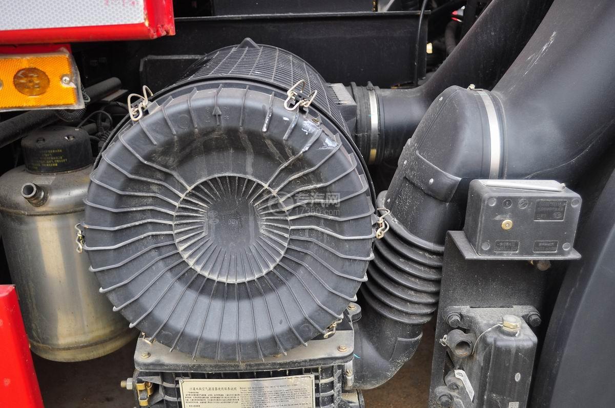 解放J6后双桥355马力自卸车液压空气滤清器