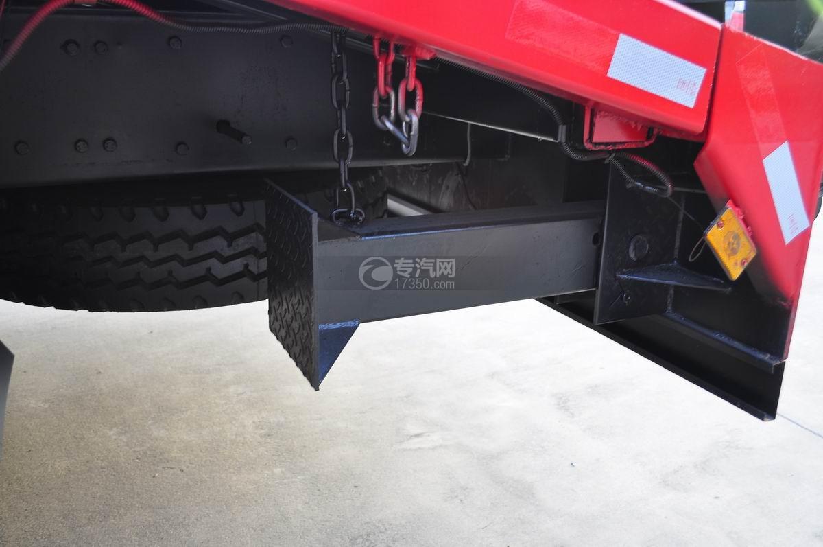 解放J6P前四后八平板运输车L型拉杆