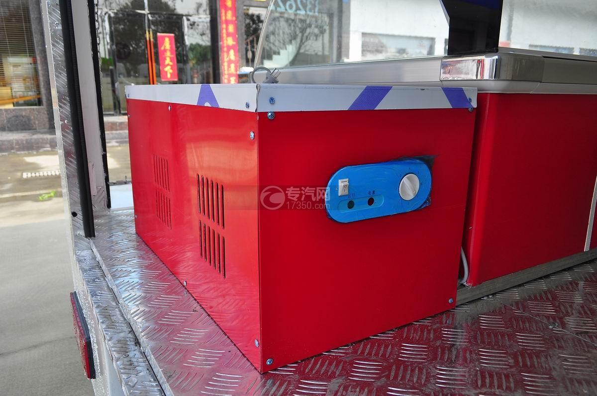 重汽王牌W1流動售貨車壓縮箱
