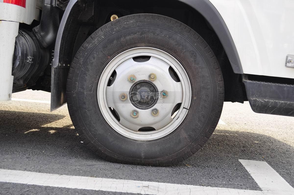 解放LED广告车轮胎