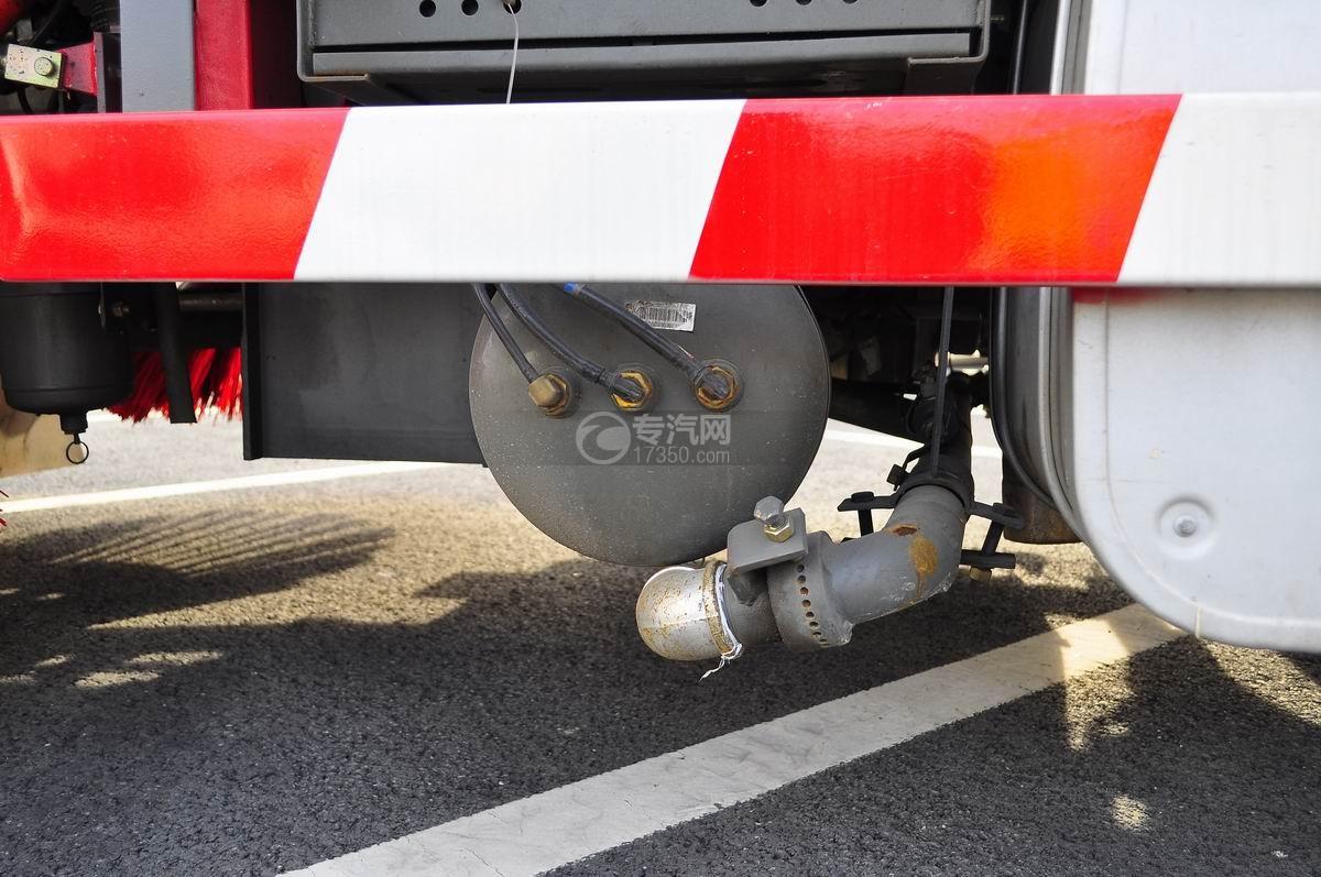重汽豪沃T5G 210 单桥洗扫车电瓶