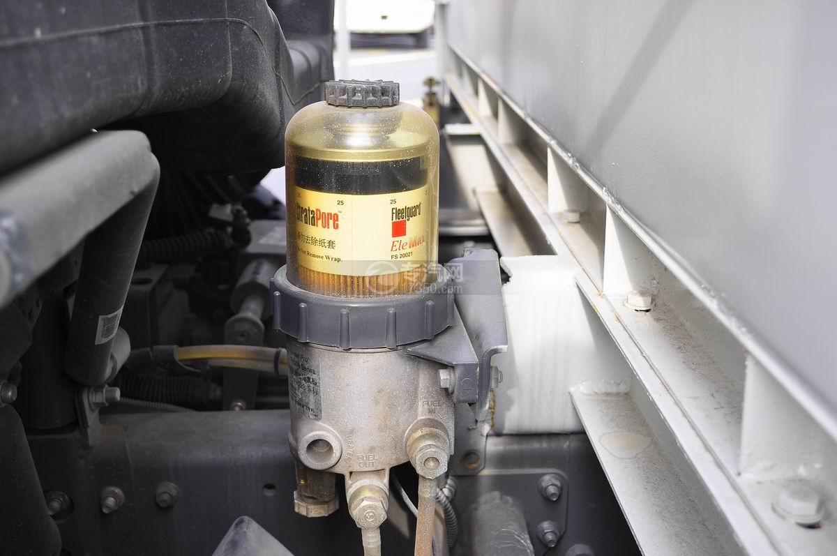 重汽豪沃T5G 210 单桥洗扫车机油滤清器
