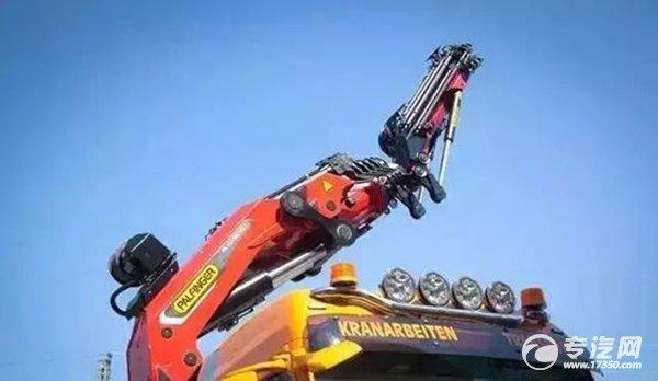 帕尔菲格新款32吨能级随车吊发布 性能更优