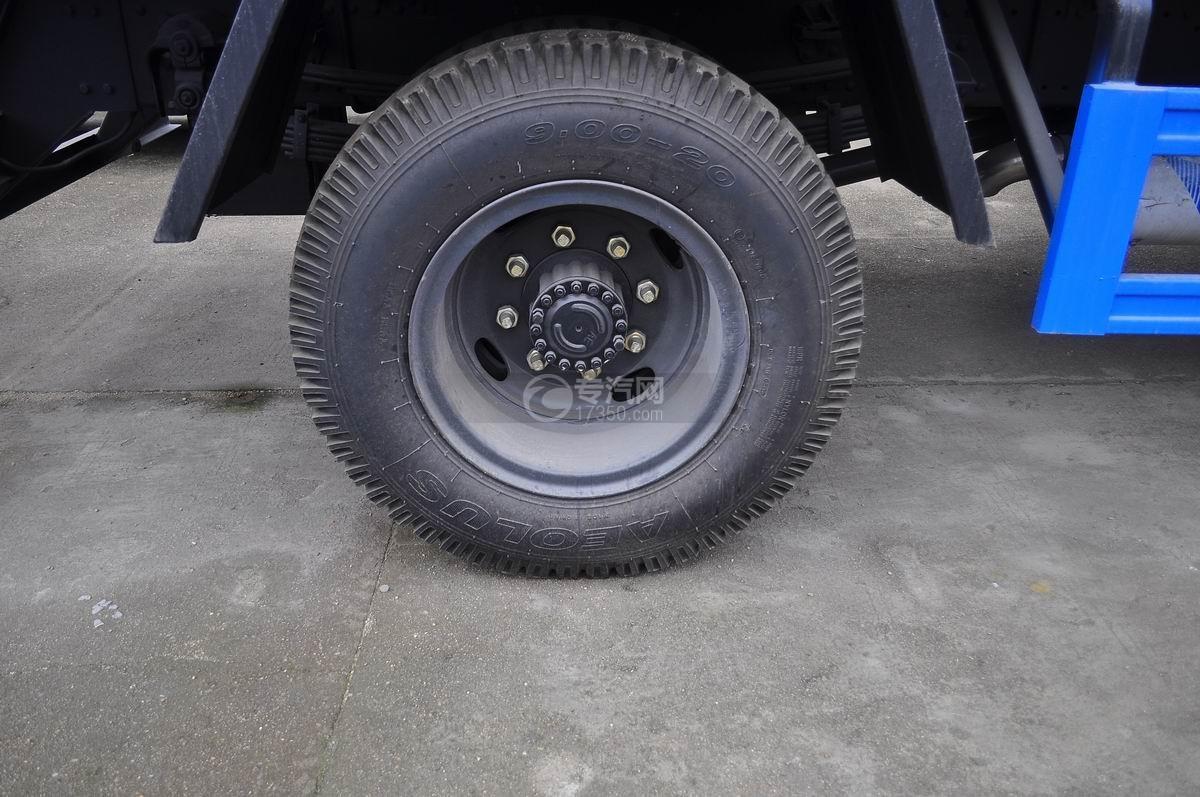 东风145对接式垃圾车后轮轮胎