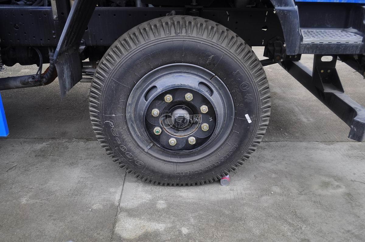 东风145对接式垃圾车前轮轮胎