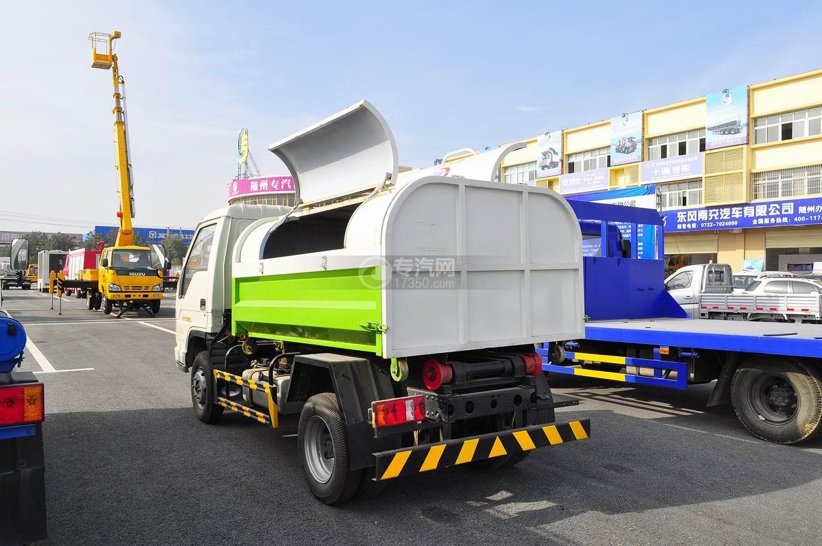 福田时代车厢可卸式垃圾车左后45°图