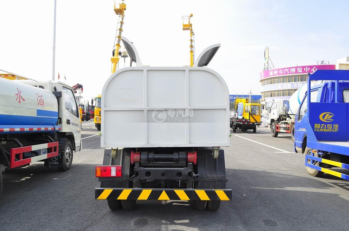 福田时代车厢可卸式垃圾车后面图