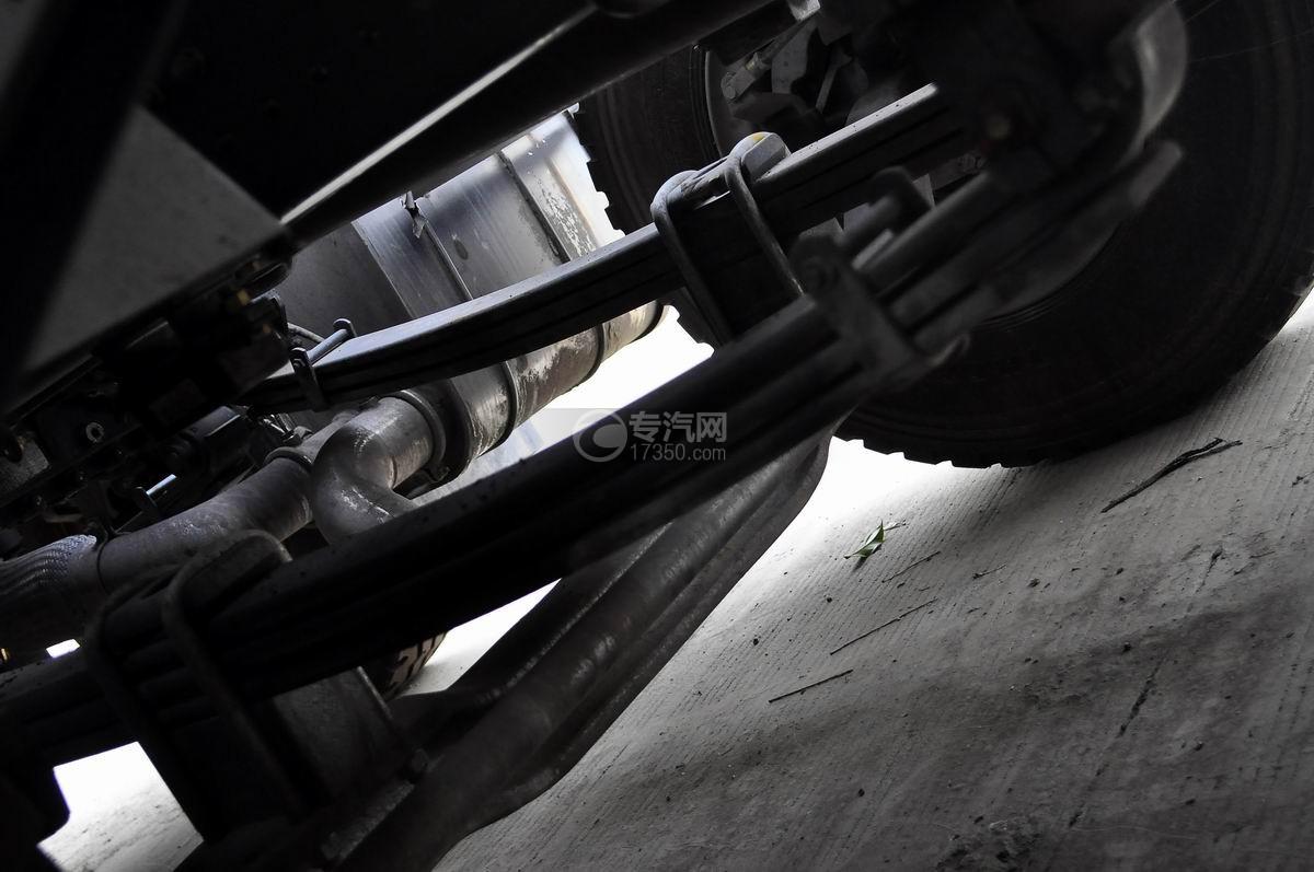 重汽斯太尔前四后八混凝土搅拌车钢板弹簧