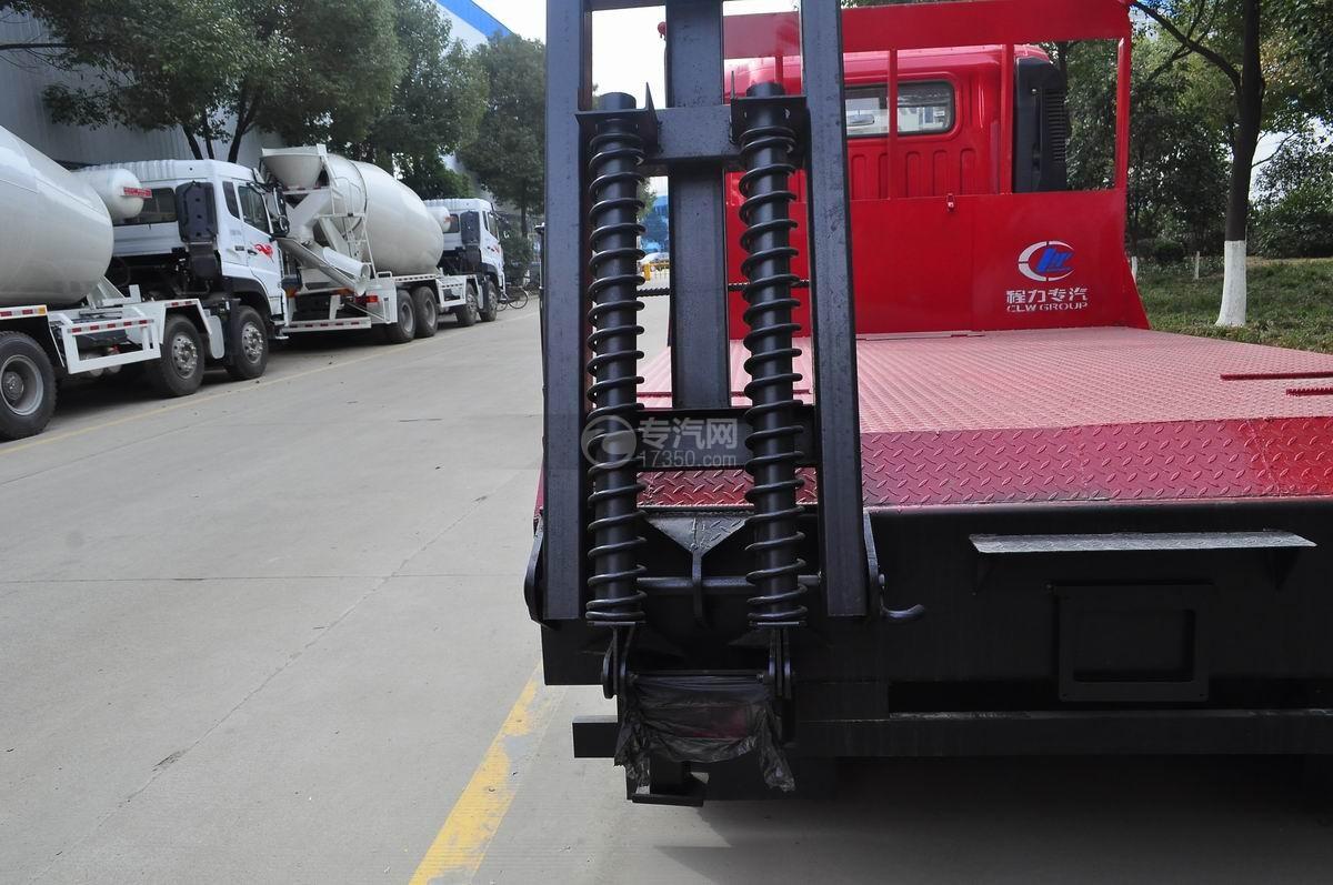 重汽豪曼单桥平板运输车液压弹簧