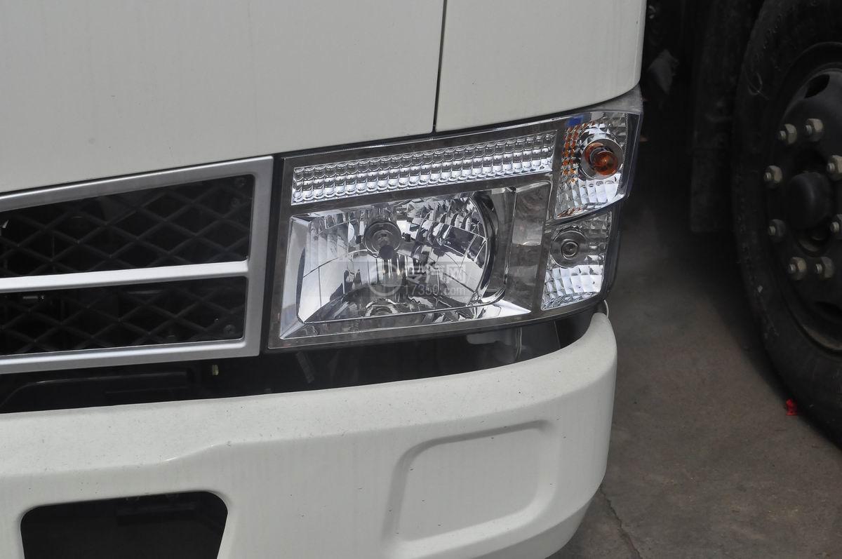 东风福瑞卡压缩式垃圾车前大灯