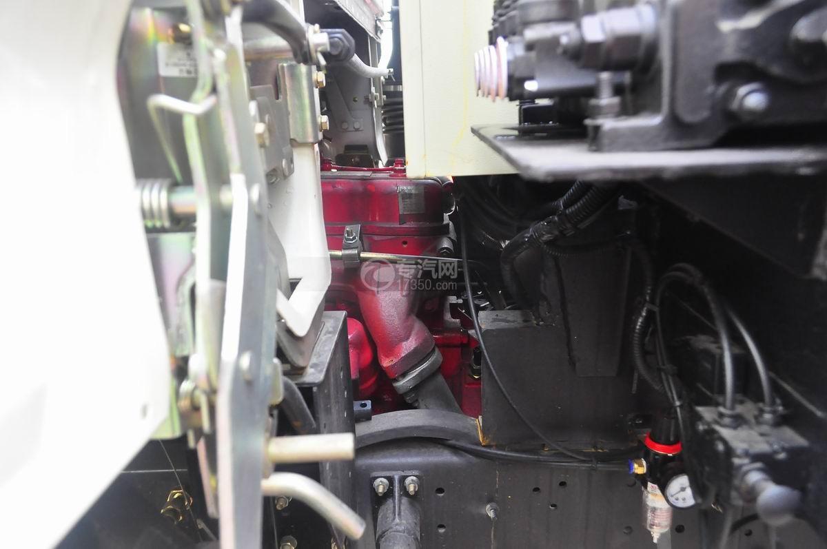 东风福瑞卡压缩式垃圾车发动机