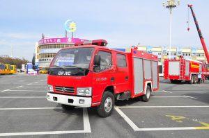 東風凱普特水罐消防車圖片