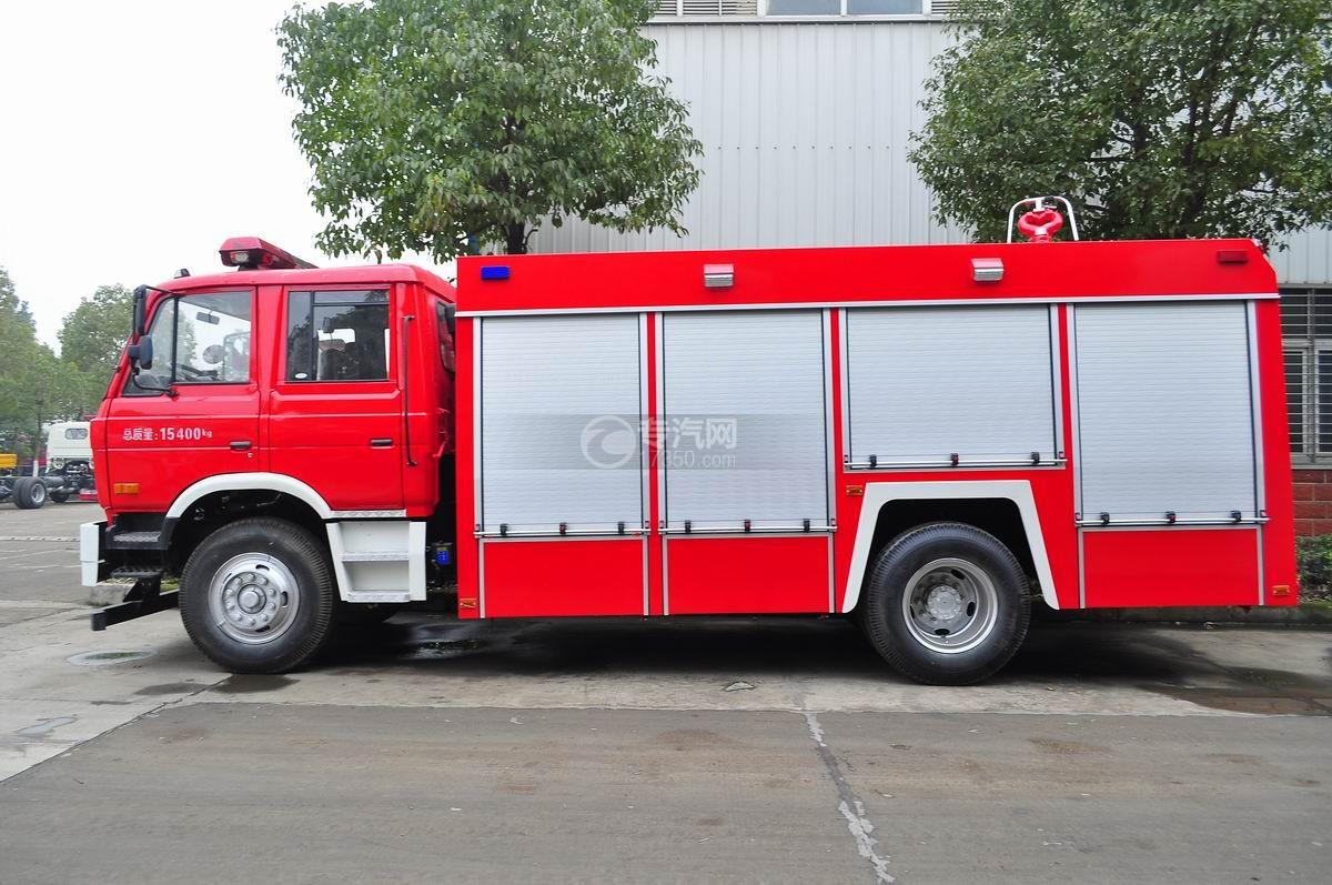 东风153水罐消防车左侧面图