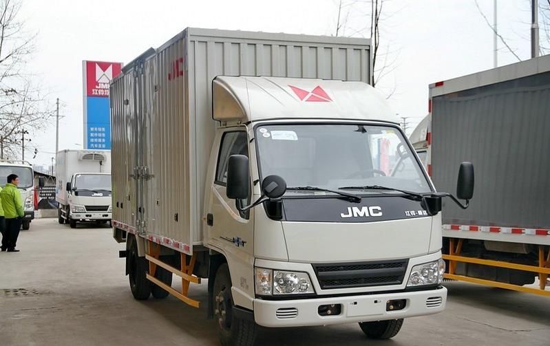 江铃新顺达109马力3.7米单排厢式运输车