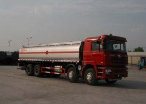 陕汽德龙前四后八33方易燃液体罐式运输车