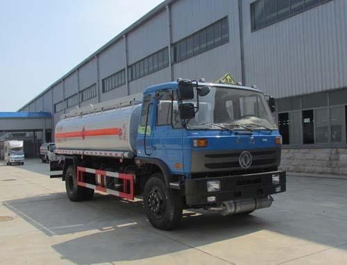 东风153型14.5方易燃液体罐式运输车