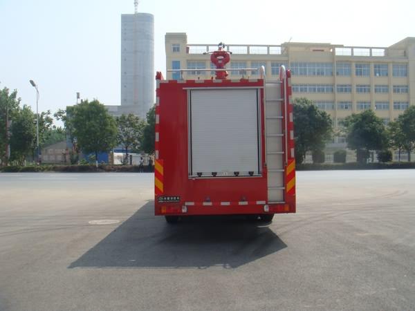 重汽豪沃后双桥国四消防车2