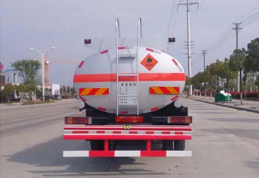重汽斯太尔单桥12方国五运油车后面图