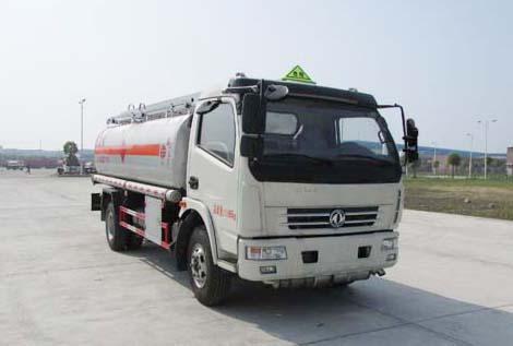 东风多利卡8.3方国五加油车