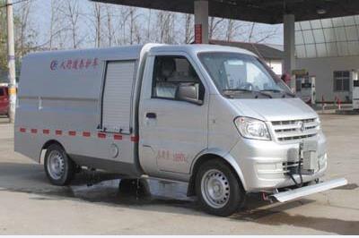 东风微卡0.125方国五清洗车
