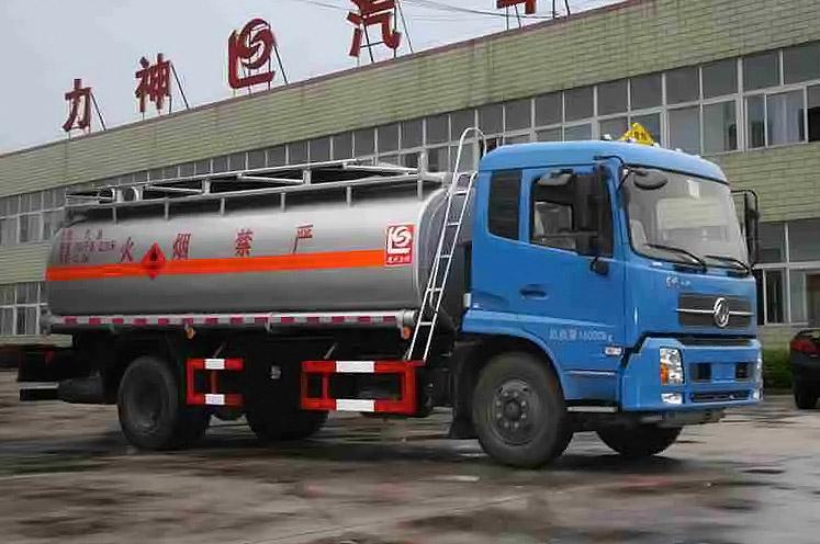 东风天锦单桥12.2方国五加油车