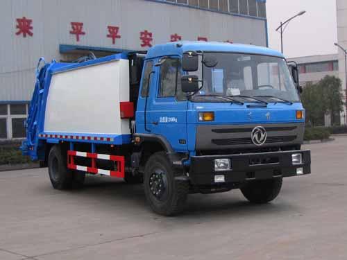 东风153型压缩式垃圾车