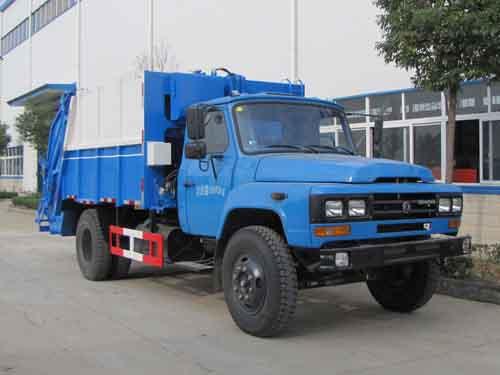东风140型压缩式垃圾车