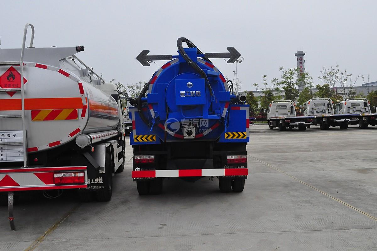 东风小多利卡1.5方清洗吸污车后面图