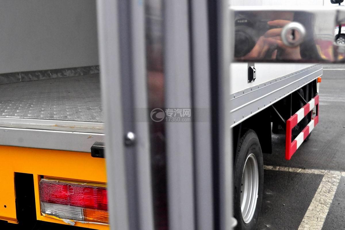 大运奥普力单排冷藏车厢体隔热材料