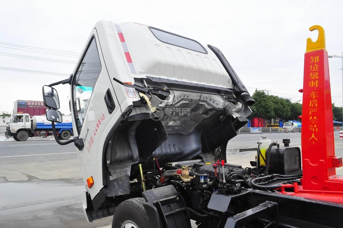 大运奥普力勾臂式垃圾车驾驶室翻转机构
