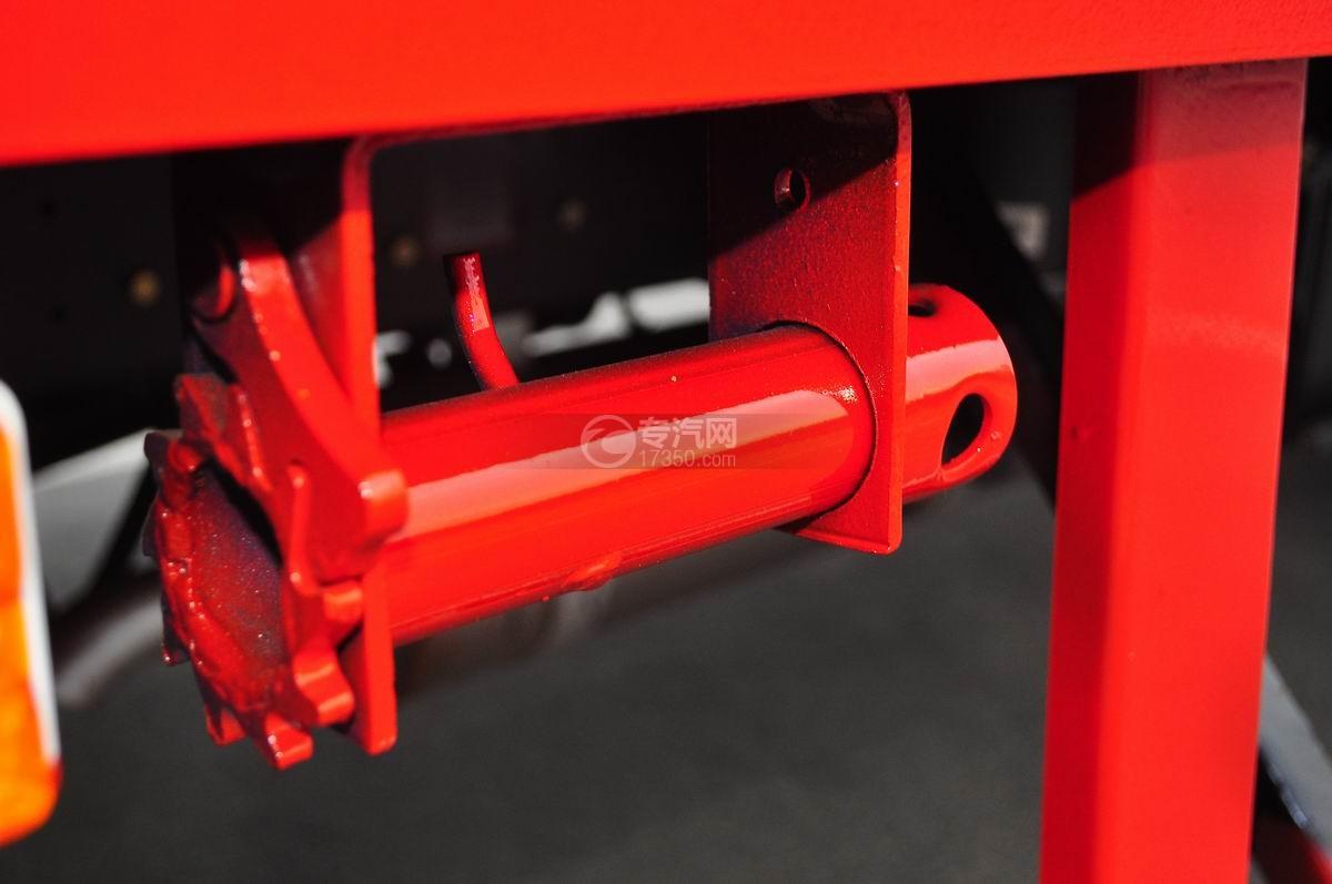 大运奥普力平板运输车栅紧装置