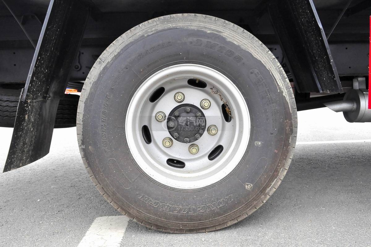 大運奧普力國五排半冷藏車輪胎