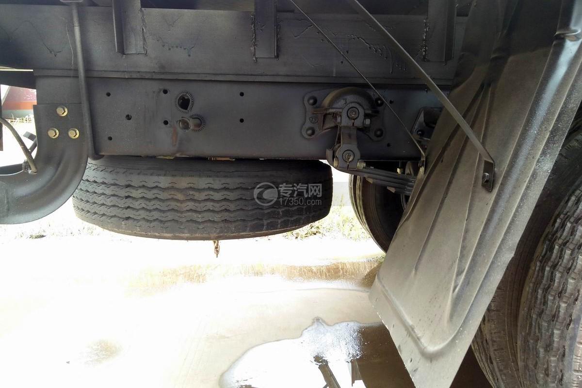大運奧普力2噸飛濤直臂隨車吊備用車胎