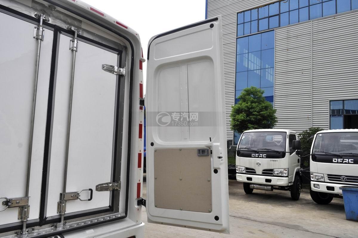 东风轻量化面包式冷藏车厢体后门1