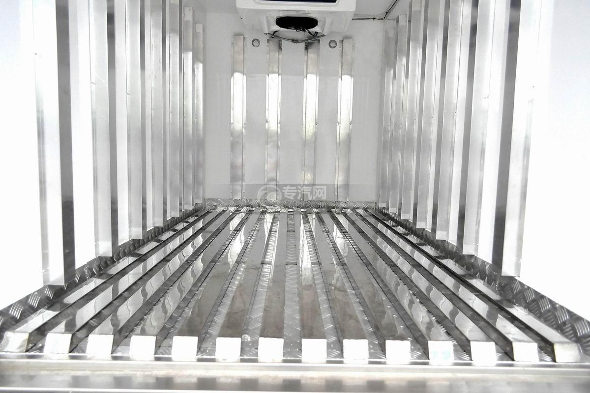 东风小霸王V冷藏车(医疗物品运输车)厢体底板