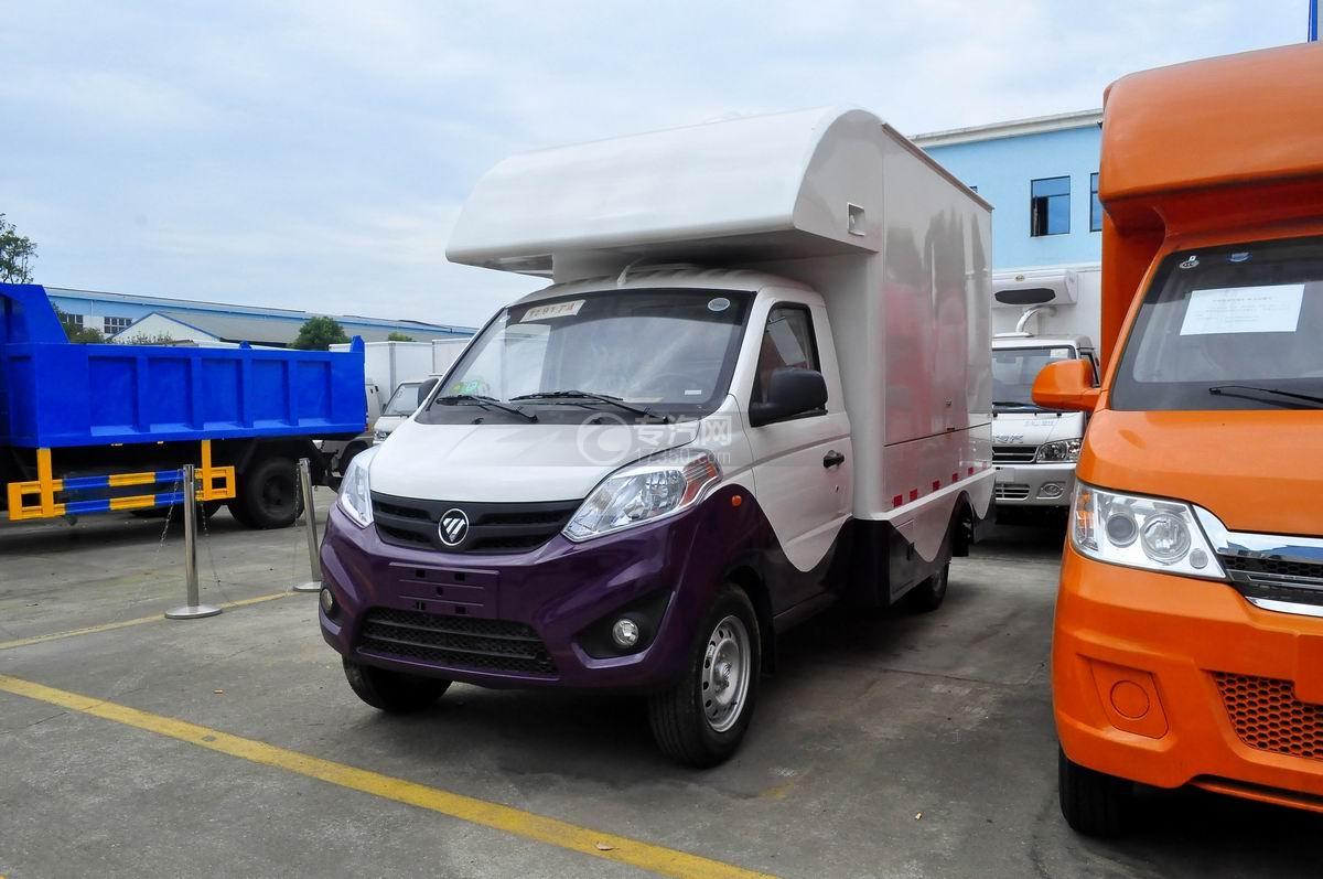 福田伽途T3国五售货车(紫白款)