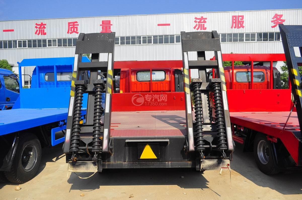 陕汽轩德X9平板运输车后面图