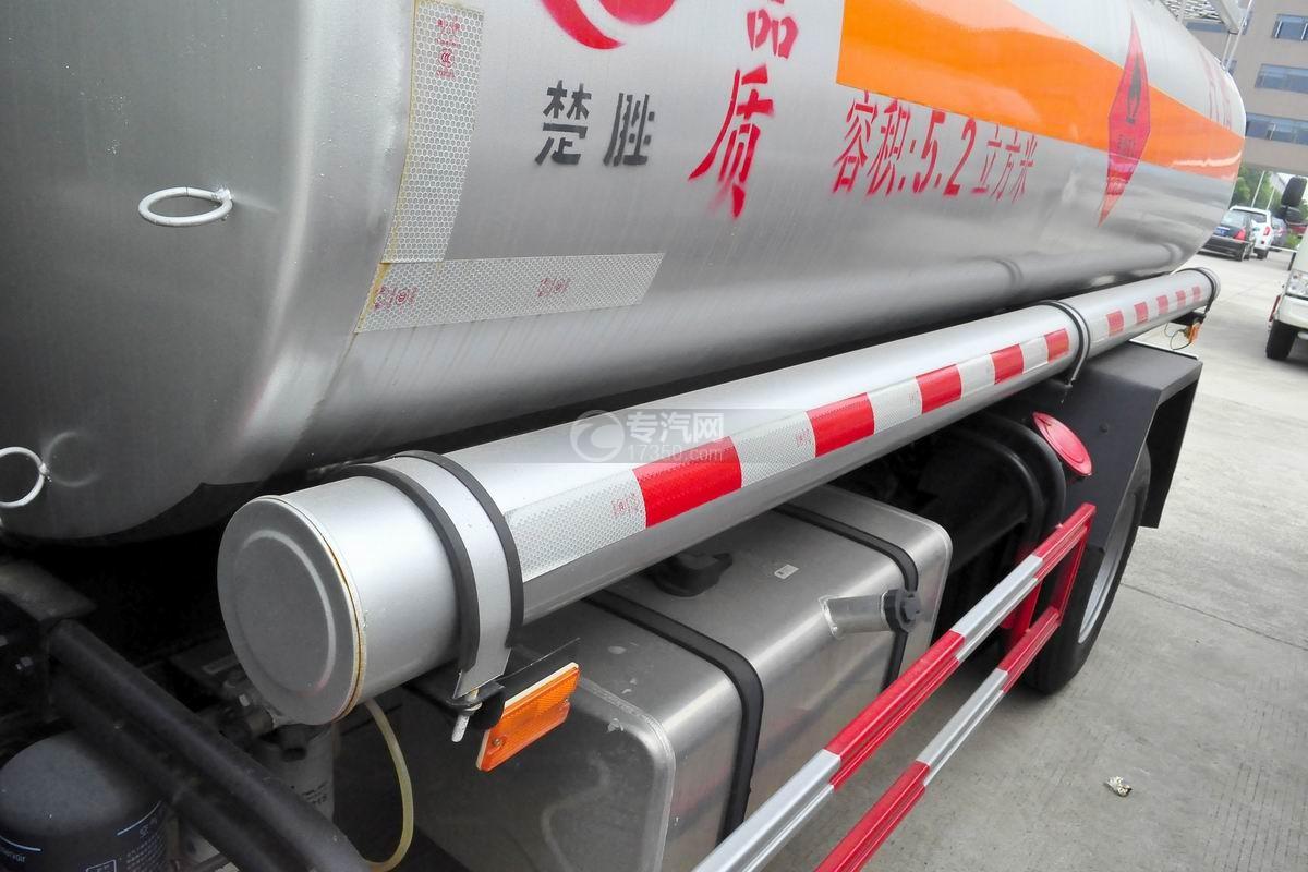 重汽豪沃5.2方加油车炮筒2