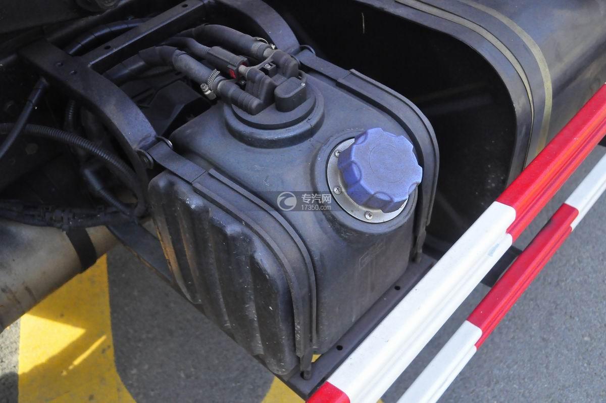 东风嘉运国五自装卸式垃圾车液压油箱