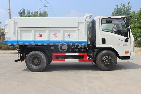 大运奥普力5-6方自卸垃圾车右侧图