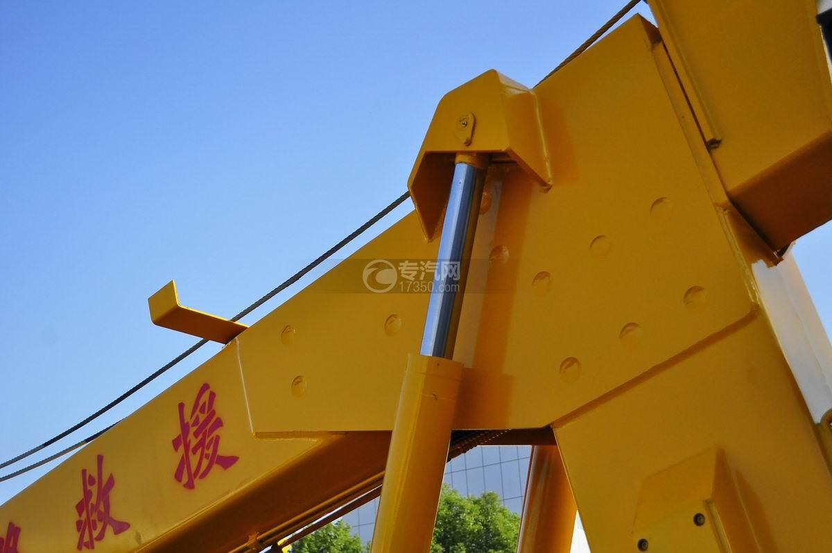 东风天锦拖吊连体清障车液压系统