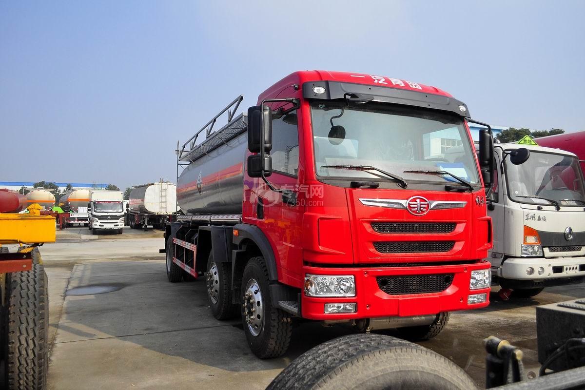 解放龙V小三轴13.9方硝酸运输车