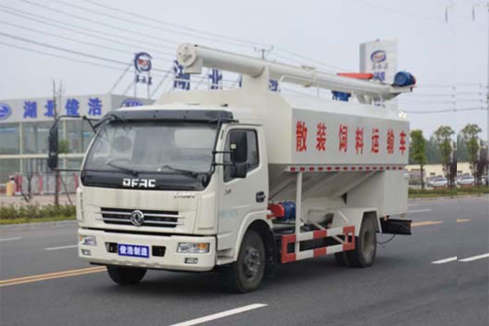 东风多利卡单桥11.98方国五散装饲料运输车