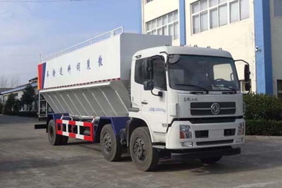 东风天锦小三轴国五散装饲料运输车