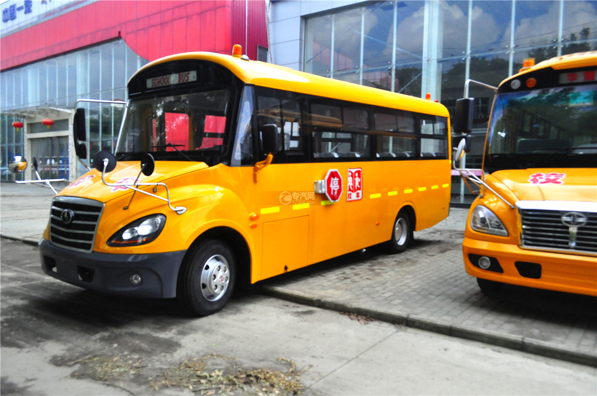 5少林40座幼儿园专用校车